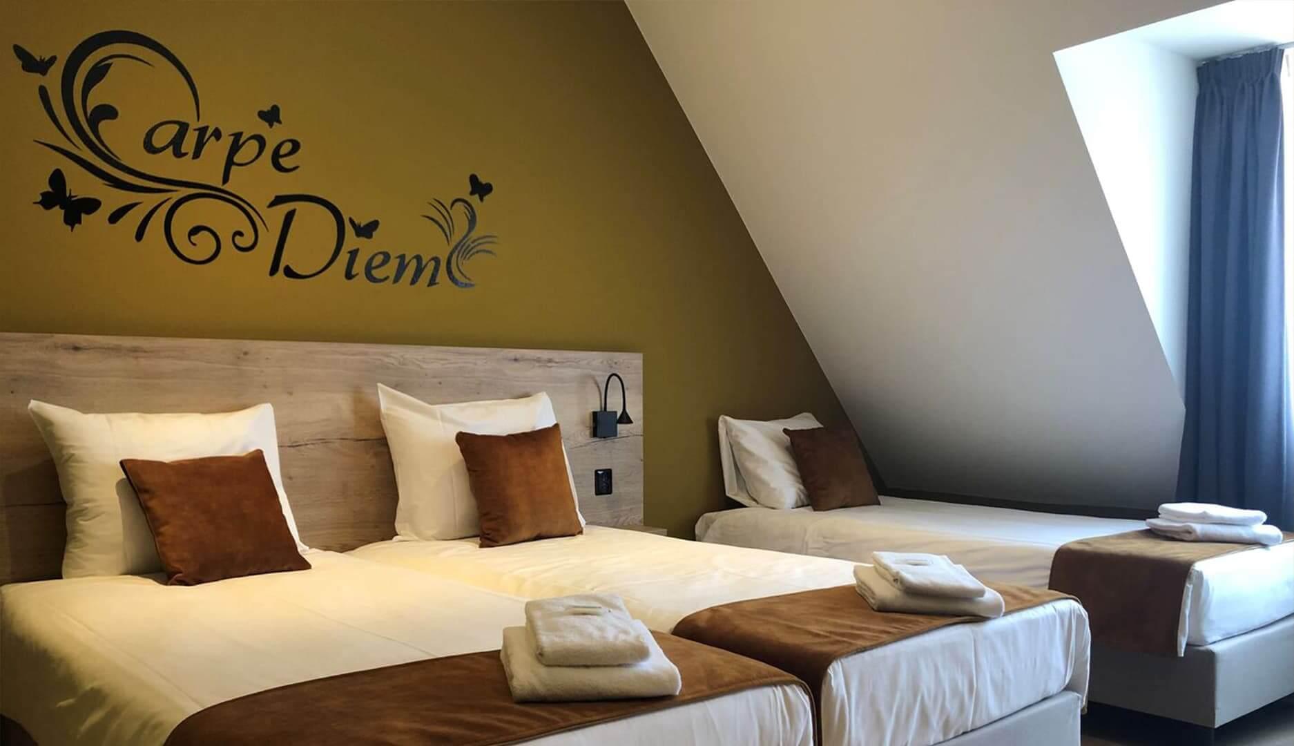 Comfort driepersoonskamer (single beds)1